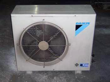 การไล่อากาศ หรือแวคคั่ม โดยใช้สารทำความเย็น