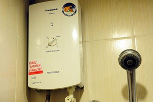 ตรวจเช็คเครื่องทำน้ำอุ่นก่อนซื้อ ระบบความปลอภัยต้องครบ