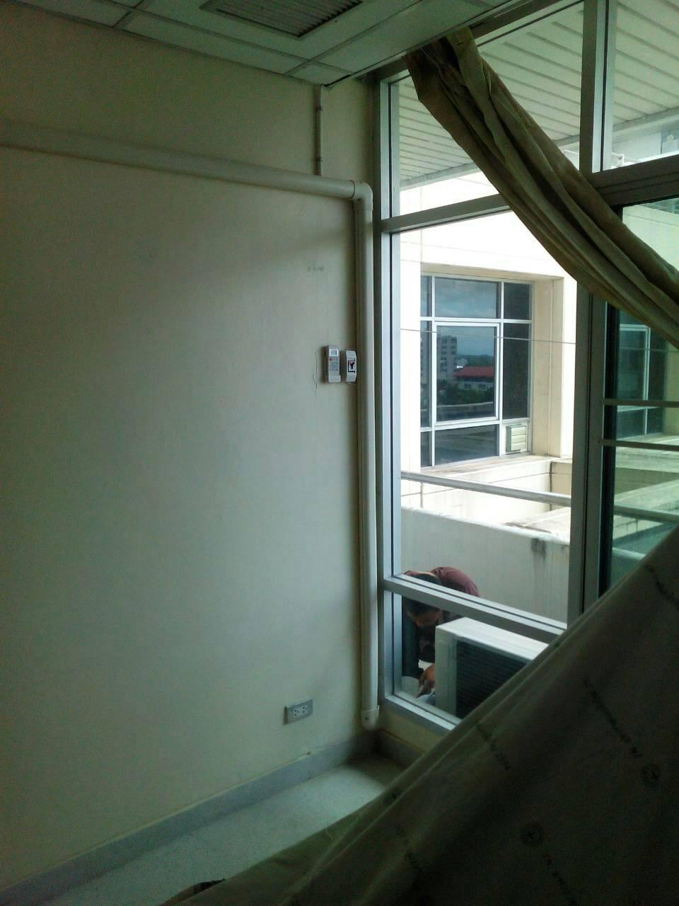 ผลงานติดตั้งแอร์ Mitsubishi 13000 BTU ที่ office สวนดอกค่ะ