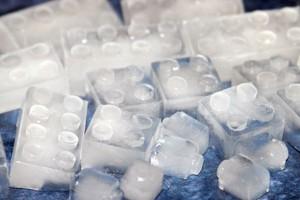 ช่วยด้วย แอร์เป็นน้ำแข็งเกาะ จะป้องกันและแก้ไขอย่างไร