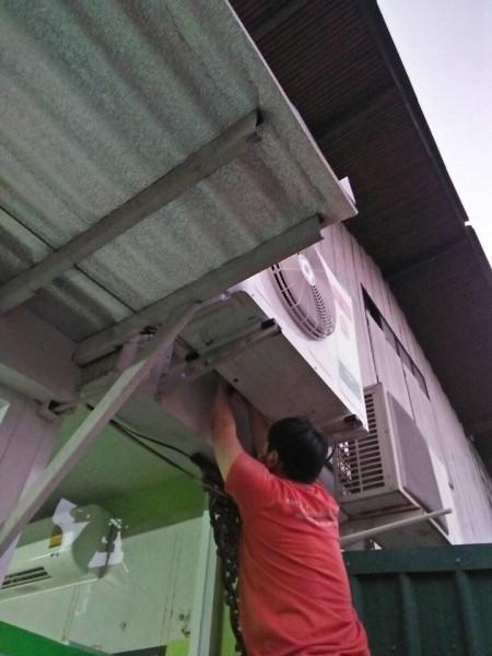 ผลงานการติดตั้งแอร์ Saiji Denki จำนวน 2 ชุดที่ บ้านรักเรียน ใกล้มหาวิทยาลัยเชียงใหม่
