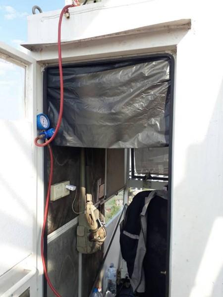 ซ่อมแอร์ที่สูงๆ ทำอย่างไร? …ใช้รถเครนสิครัช
