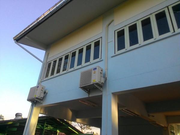 ผลงานติดตั้งแอร์ Star Aire แบบติดผนัง 25000 BTU ที่ โรงเรียนสันทรายหลวง