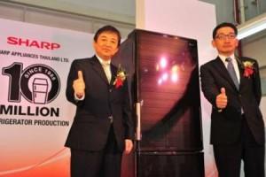 ชาร์ป ผลิตตู้เย็นในไทยครบ 10 ล้านเครื่อง เดินหน้าผลิต 20 ล้านเครื่องในปี 2561