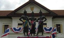 อนุสาวรีย์สามกษัตริย์ ผู้สร้างเมืองนพบุรีศรีนครพิงค์เชียงใหม่