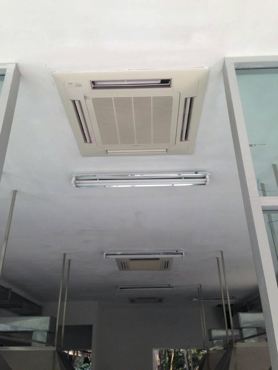ผลงานการติดตั้งแอร์ Daikin แบบฝังฝ้าเพดาน ที่แม่โจ้