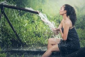 อาบน้ำให้ถูกวิธีได้สุขภาพที่ดี เพียงแค่เลือกอาบน้ำที่มีอุณหภูมิเหมาะสม