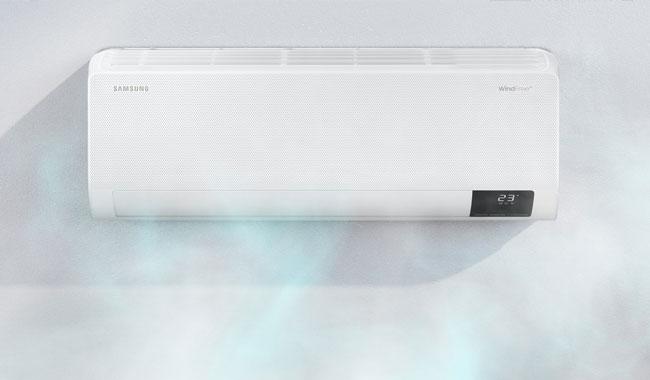 แอร์ Samsung รุ่น WindFree ความเย็นไม่โดนตัว กระจายลมเย็นอย่างนุ่มนวล ประหยัดพลังงานมากขึ้น 77%